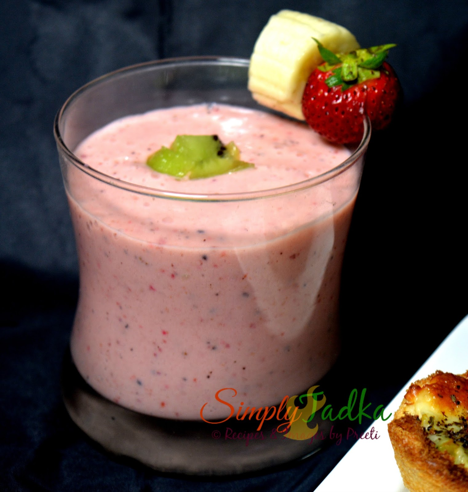 Strawberry Kiwi Smoothie ~ Simply TADKA
