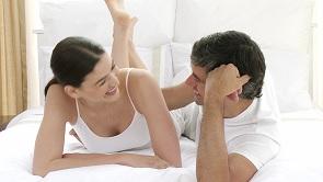 5 Titik Sensitif Pria Untuk Membangkitkan Gairah