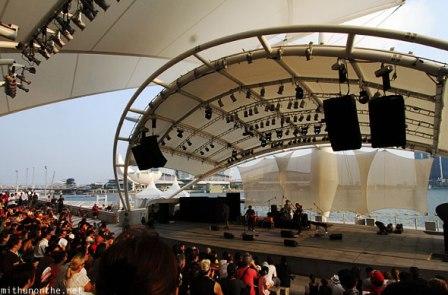Salah satu daerah yang wisata di Singapore yang banyak dikunjungi yaitu Tempat-tempat menarik untuk dikunjungi di Esplanade