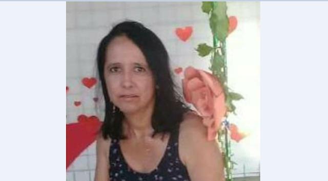 Morre Silândia D'Oliveira Gomes, professora  da Escola José Bezerra da Silva em Delmiro Gouveia