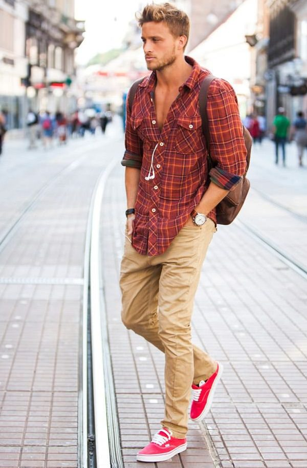red checked shirt on khaki pant, khaki work pants for men, what goes good with khaki pants