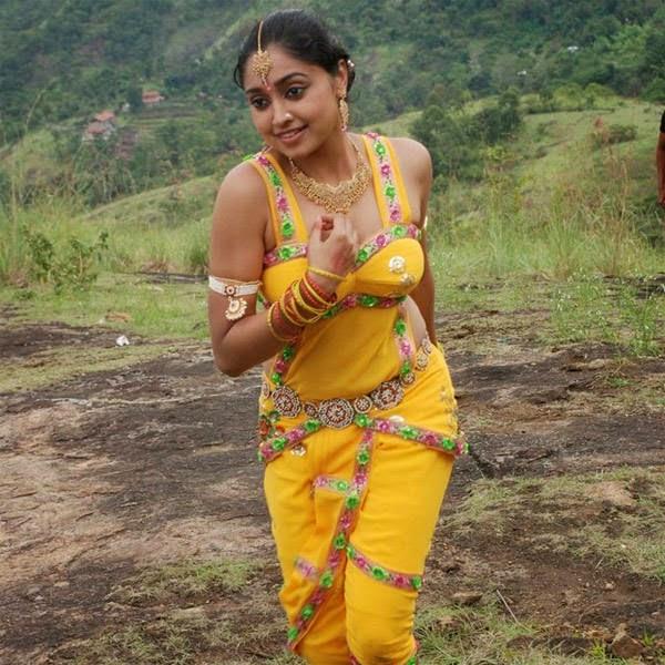 Actress Sija Rose Hot Navel Show Photos Malayalam Actress ...