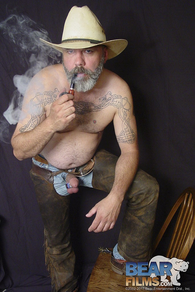 gay pipe smoker inhale