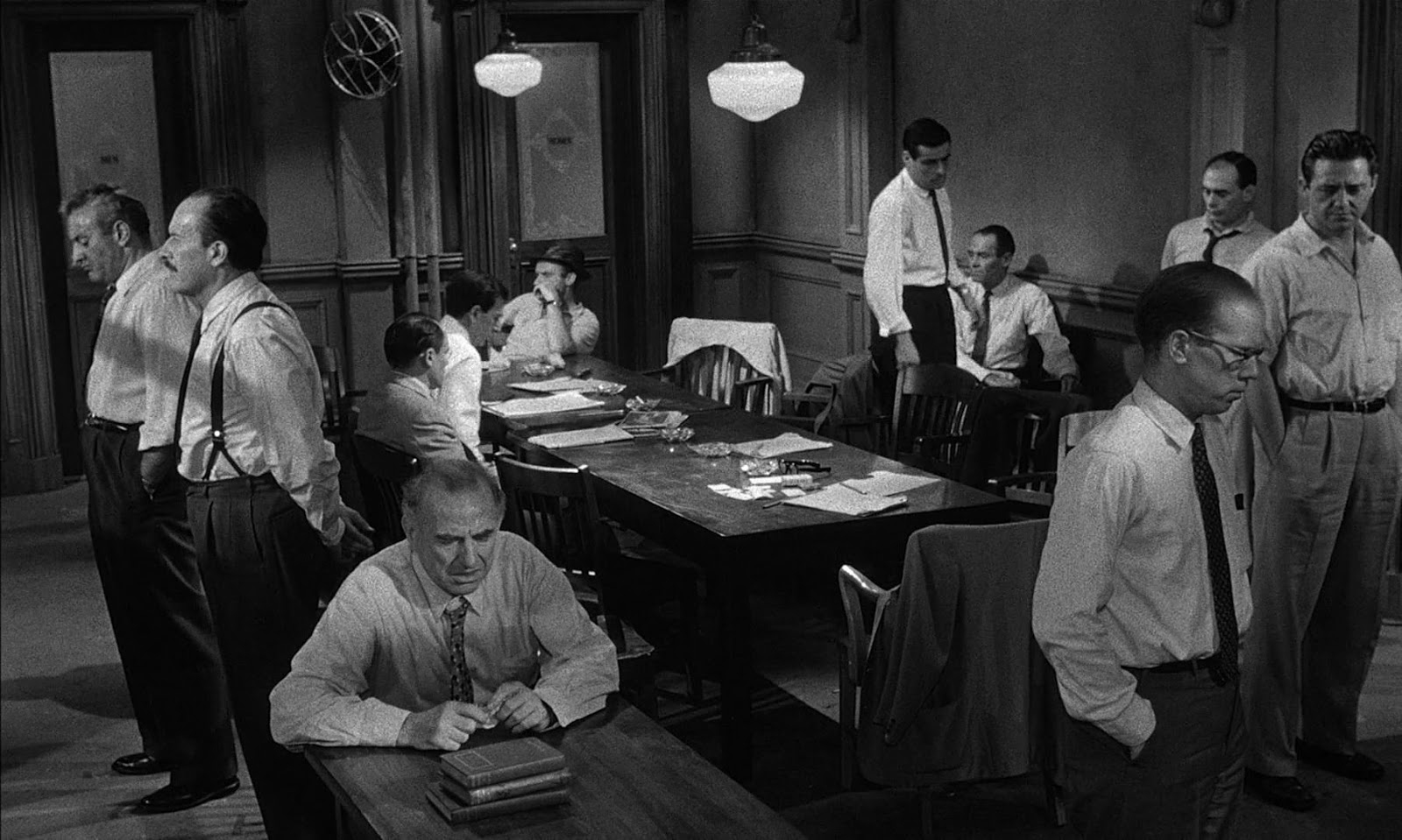 twelve angry men belbin 9pm the four just men  thus the twelve worst, really bad boys, should weigh 109stones, but only weigh 86^ stones  showing a deficiency of21 per cent.