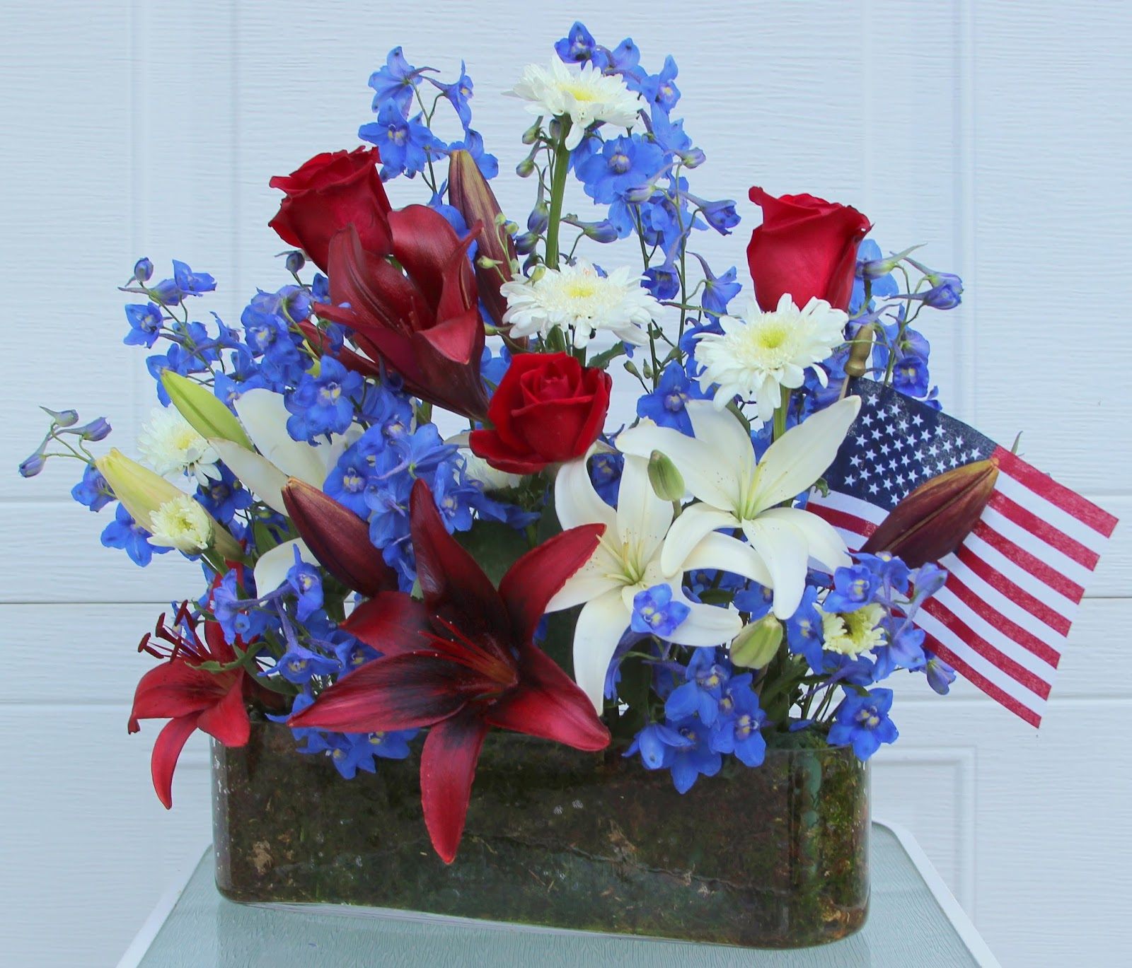 RED, WHITE AND BLUE ARRANGEMENTS -- HAPPY BIRTHDAY AMERICA! - Sowing ...