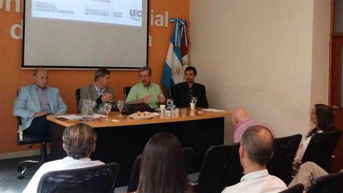 Analizan extender un ramal del tren Belgrano Cargas en el norte cordobés