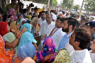 भूमाफियाओं के हाथों में खेल रही है भाजपा सरकार : अशोक तंवर
