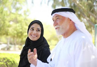 تجارب الرجل ونظرته للمرأة الرجل العربي يفضل الزواج بمن تصغره سنا