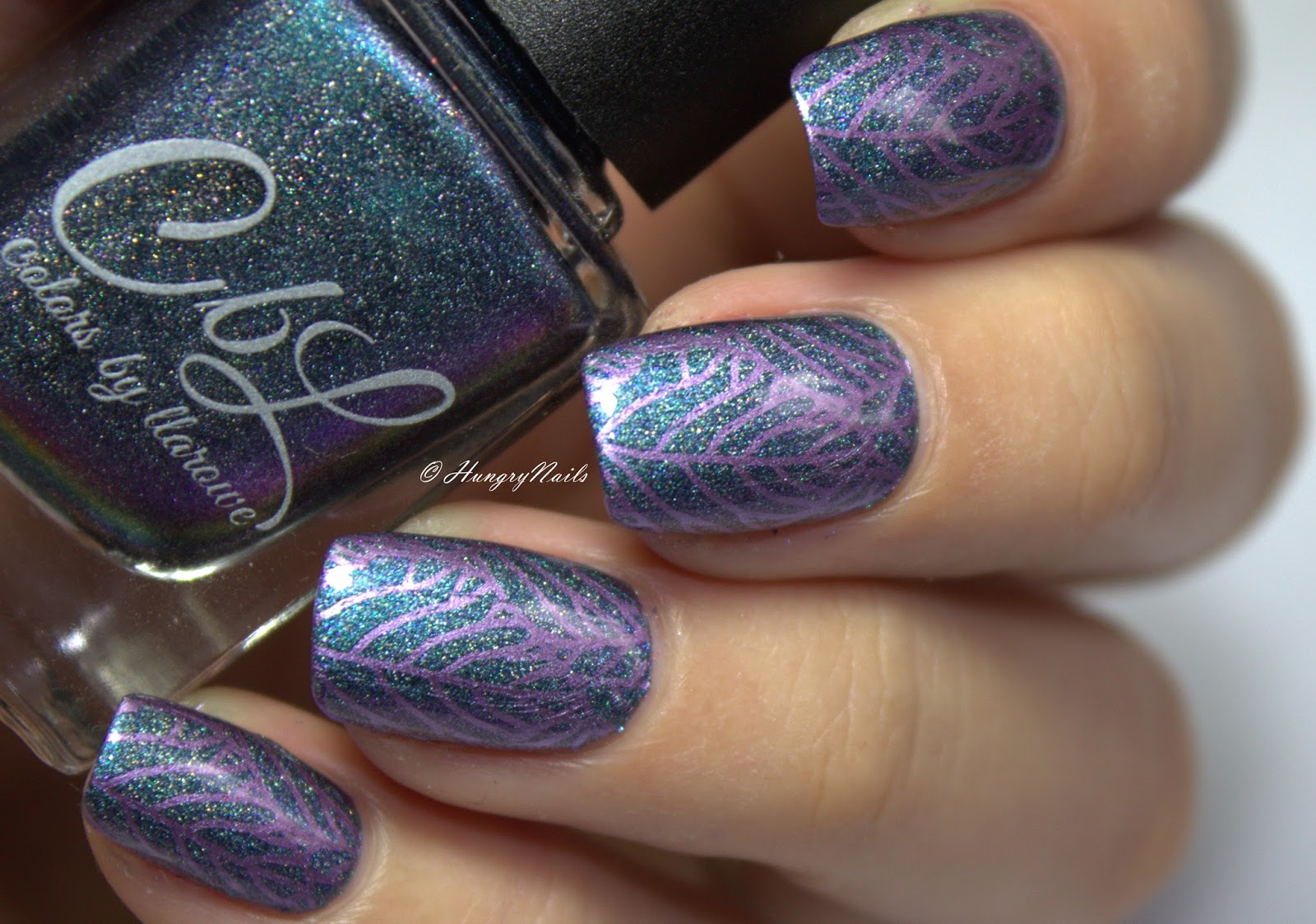 http://hungrynails.blogspot.de/2016/12/colors-by-llarowe-annie-get-your-gun.html