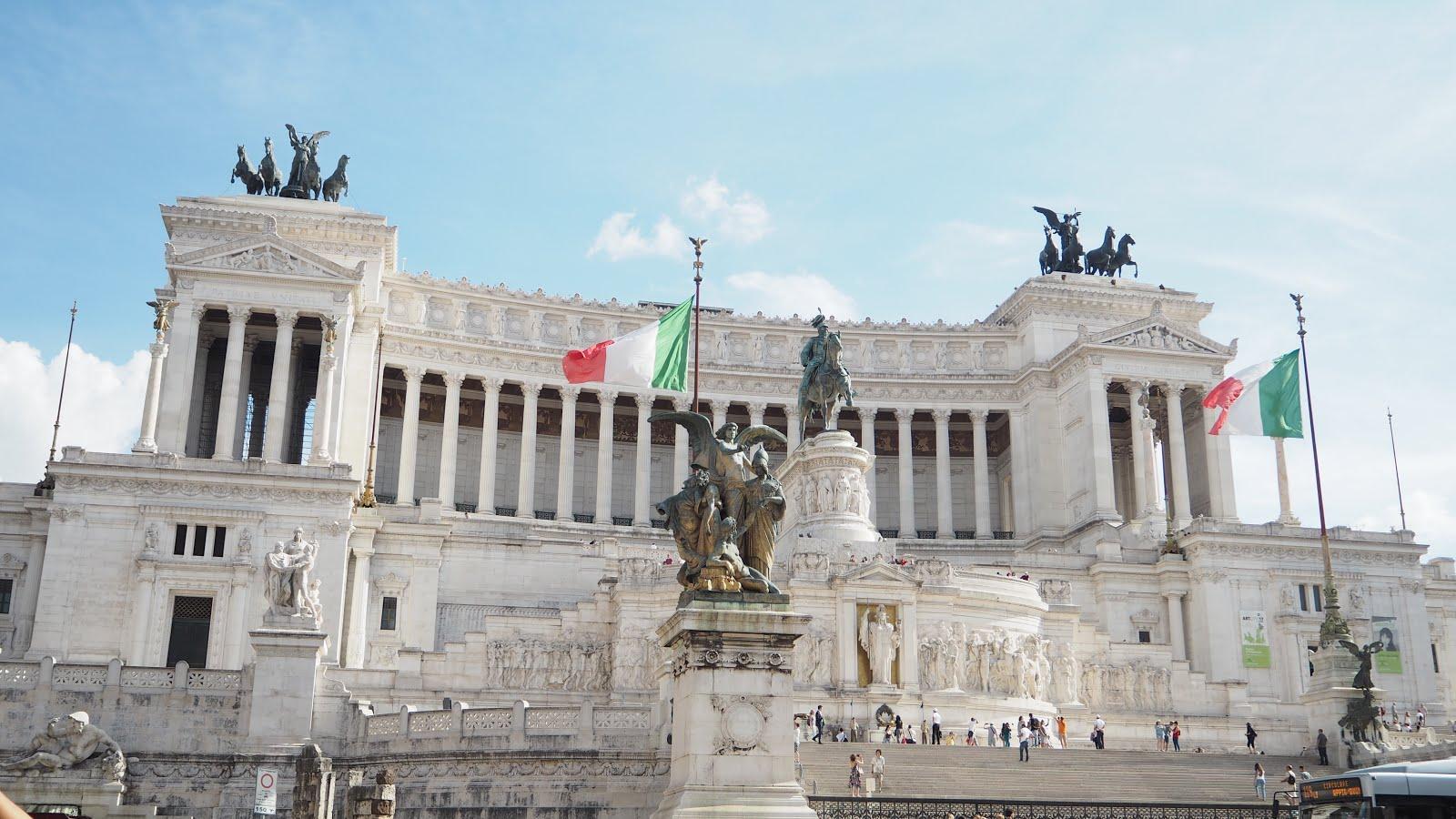 city_trip_rome_altare_patria