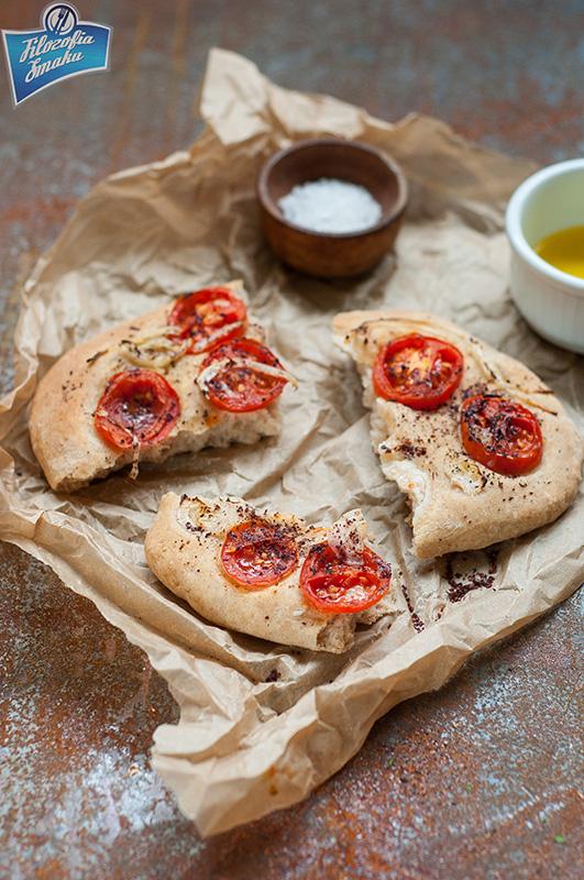 Chlebki z pomidorami
