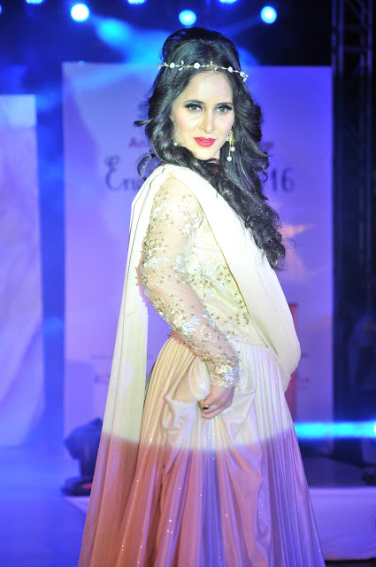 "SHWETA KHANDURI STOLE THE SHOW AT J2C EVENTS PRESENTS SASMIRA'S EDUCATING & TRAINING PROGRAM  -""ENCHANTÉ 2016- ANNUAL FASHION SHOW"""