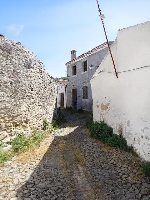 Il borgo disabitato di Rebeccu