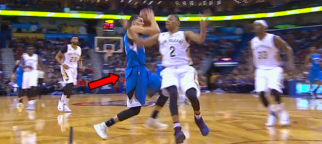 Zach Lavine's NASTY No Dribble Eurostep! (VIDEO)