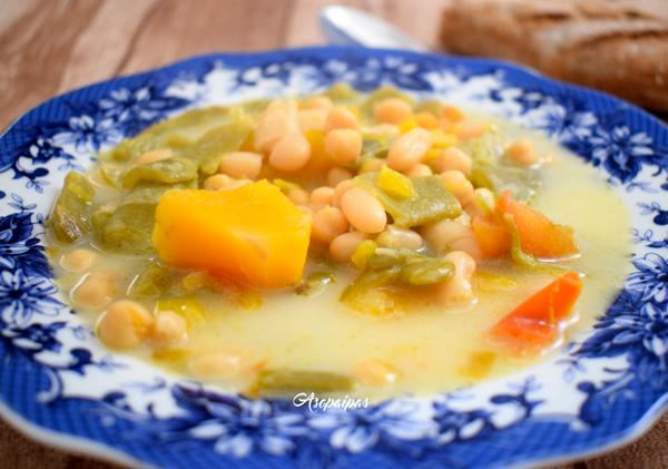 Sopa de Legumbres con Calabaza