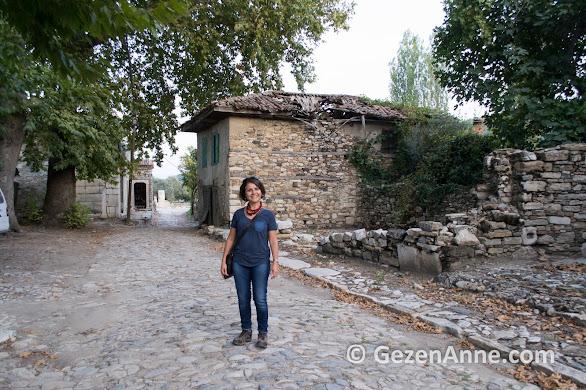 Muğla'nın Eskihisar köyünde Stratonikeia antik kentini dolaşırken