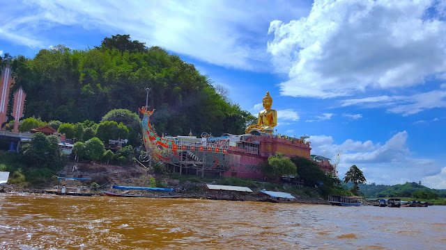 River Whiskey Travel Blogger Photography Chiang Mai Thailand
