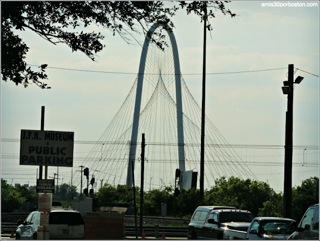 Margaret Hunt Hill Bridge de Calatrava en Dallas, Texas