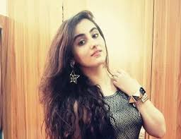 Diana Khan Biography Profile Family Husband Son Daughter Father Mother Age Height Marriage Photos