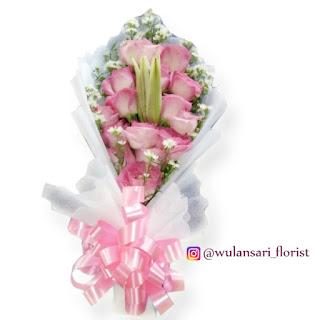 Hand Bouquet Mawar (WS-151)