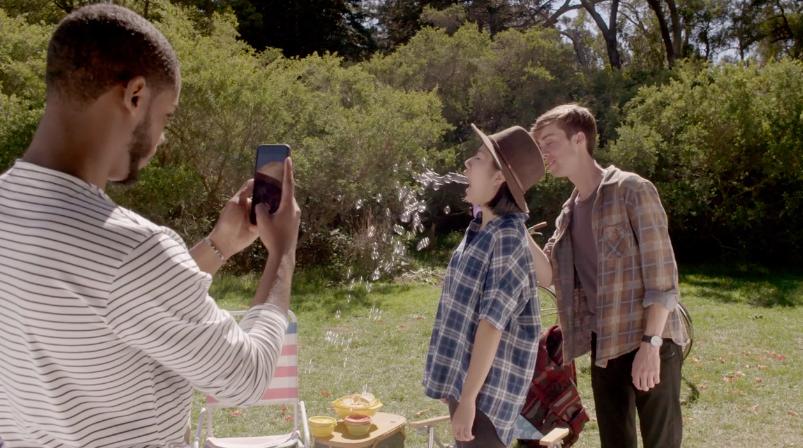 [App Spotlight] Instagram讓照片動起來了!Boomerang 拍照App正式上架,一秒就能搞笑