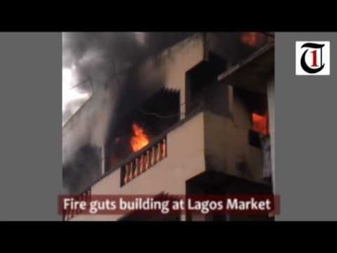 BREAKING: Fire guts Oba of Lagos' palace