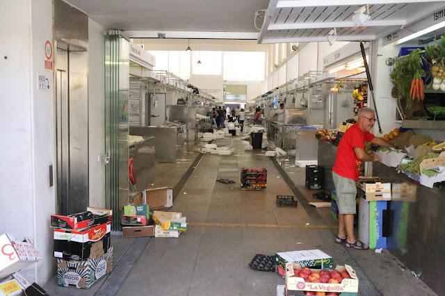 Nave central de mercado de abastos de Cádiz