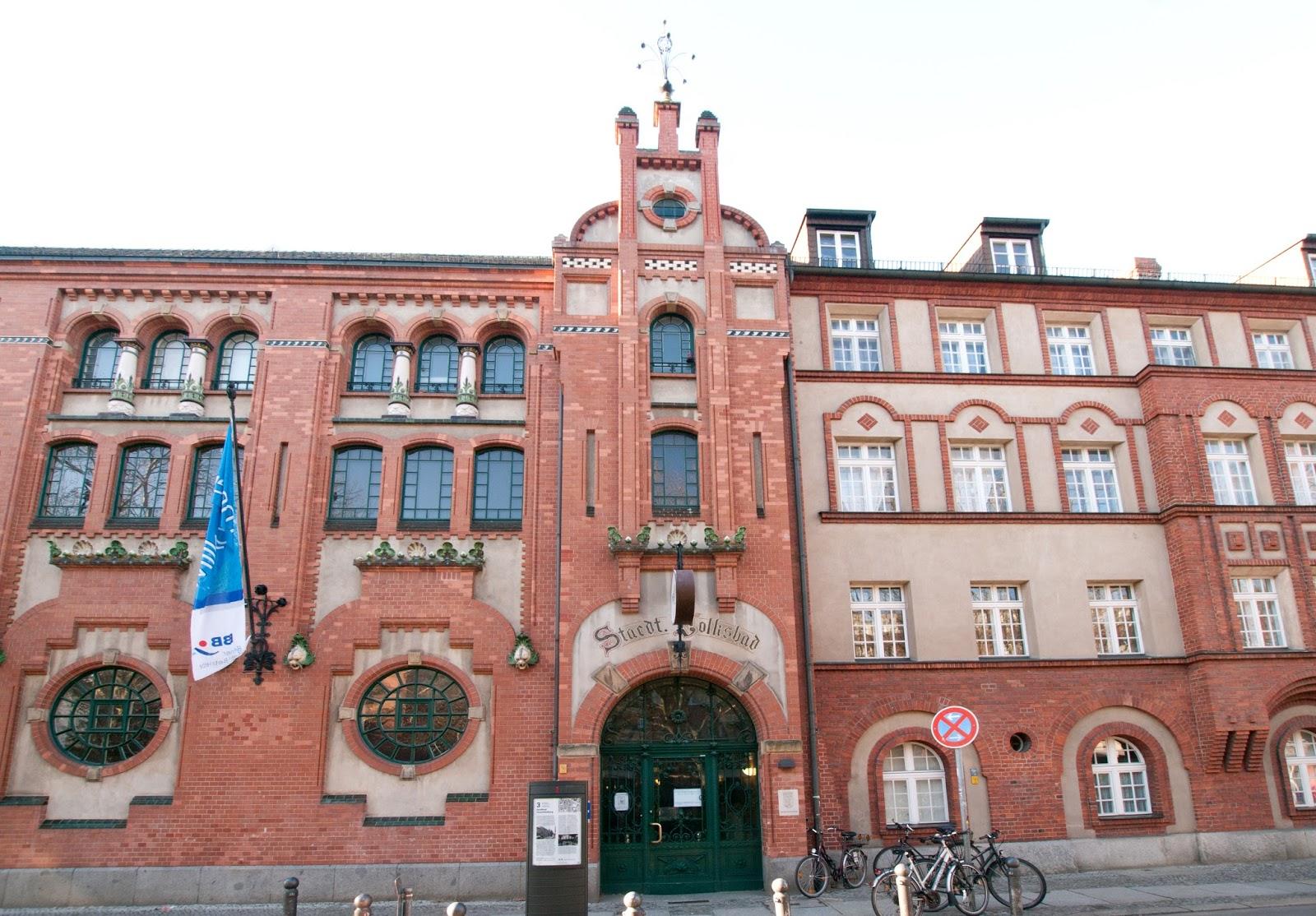 Iberty: Schwimmbad Berlin: Alte Halle, Charlottenburg