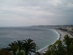 Photograph of Nice bay and the waterfront. A terror attack by a truck took place here on Bastille Day 2016, photo By Fecchi, via Wikimedia Commons