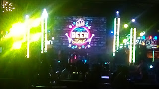 Check Out the Eastwood City Neon Beer Fest
