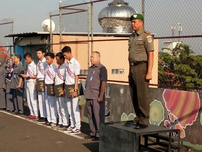 Danramil 02/Beji Pimpin Upacara Sumpah Pemuda di SMK