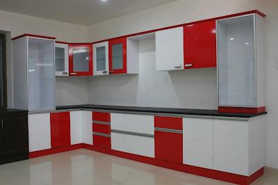 ห้องครัวสีแดงลายทางยาว