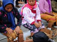 Ibu Patmi, Kartini Kendeng, dan Aksi Pasung Semen Kaum Samin
