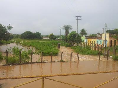 Chuvas registradas em Acopiara-CE superam a marca dos 100 mm. Barragem Dr. Tibúrcio Valeriano