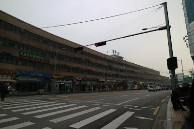 韓國龍山電子商街