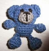 http://www.ravelry.com/patterns/library/ptitus-bears