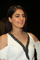 Isha Talwar Looks super cute at IIFA Utsavam Awards press meet 27th March 2017 16.JPG