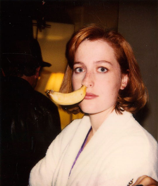 Gillian Anderson, banana, expedientes, Scully