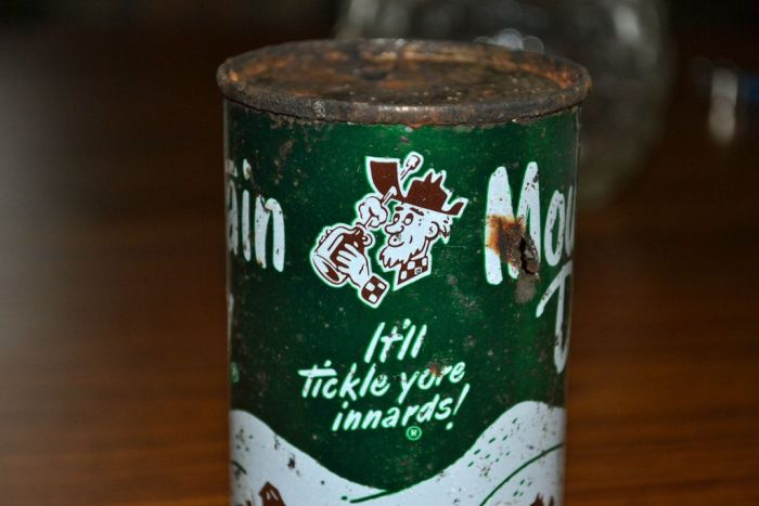 1950's Mountain Dew Can ~ Damn Cool Pictures