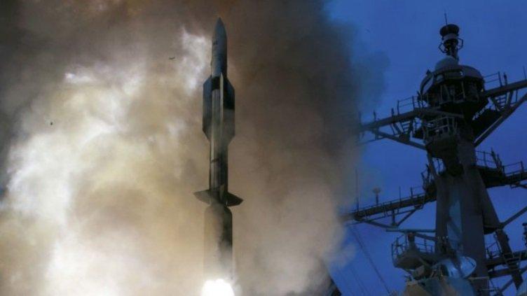 Rudal sm-6 Standard Missile 6 / US Navy