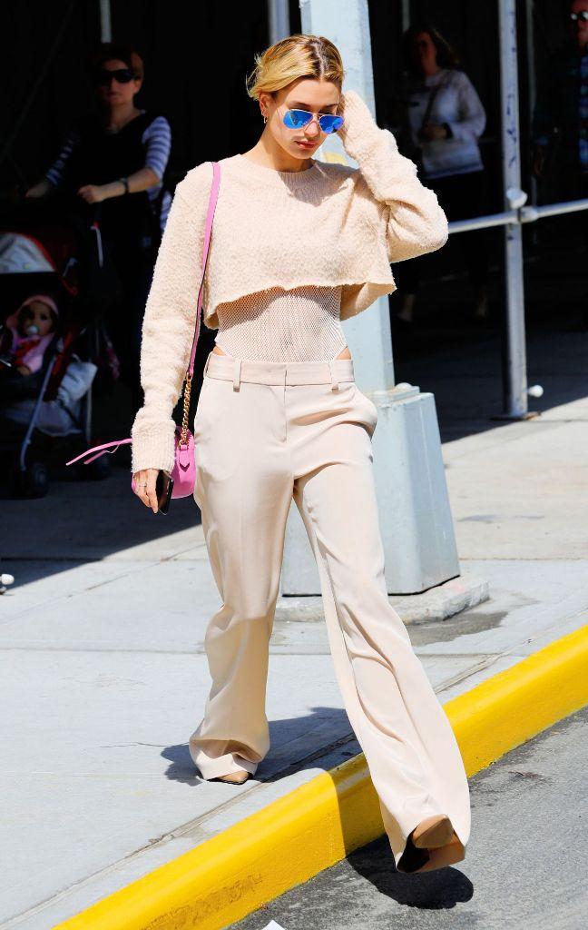 Hailey Baldwin street style fashion ideas