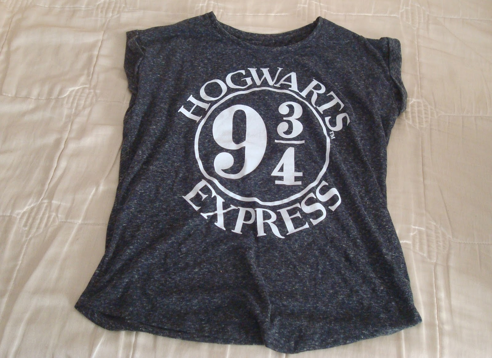 camiseta harry potter hogwarts primark