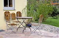 typisch mediterraner Bodenbelag für die Terrasse aus Quarzit, Verlegung poygonal