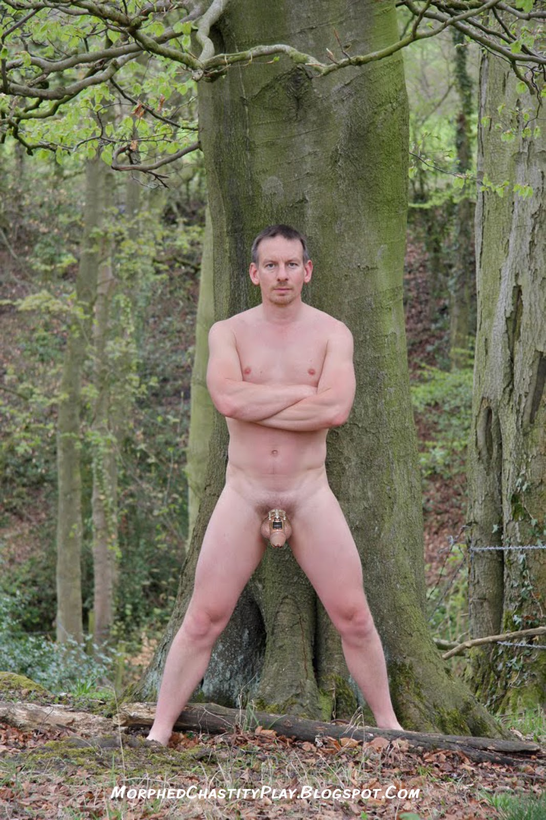 Male naked hiking — photo 5