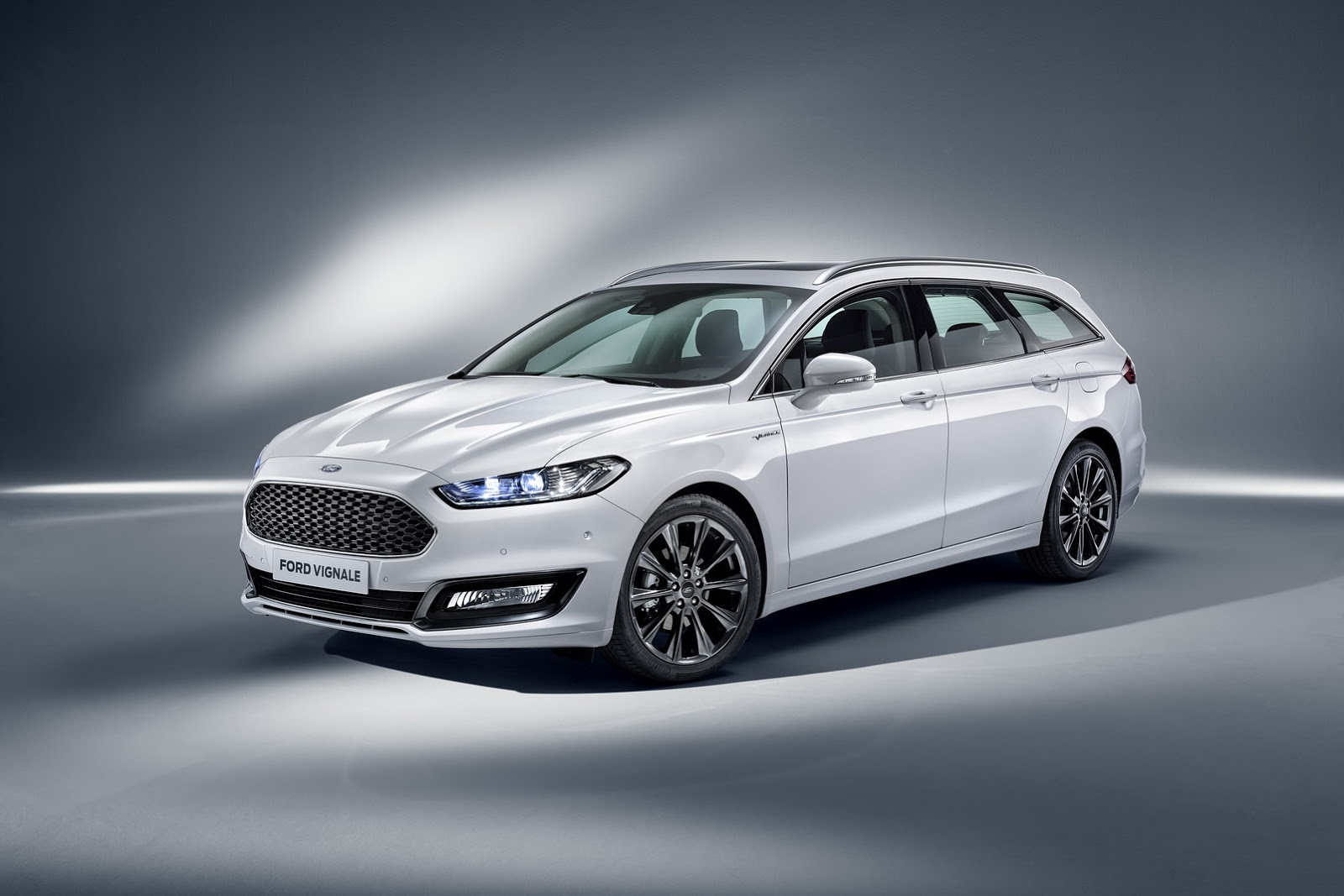 Ford Max Cars >> Ford Luxes Up Edge, Kuga, Mondeo & S-MAX With Vignale Makeover | Carscoops