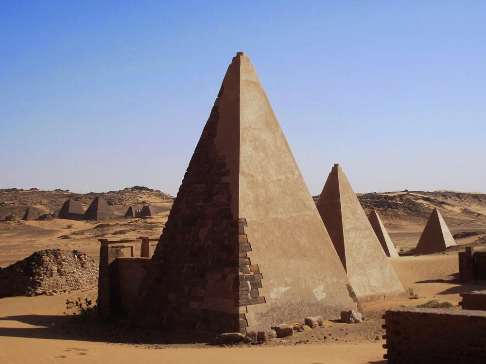 Sudan The Pyramids Of Meroe Minor Sights