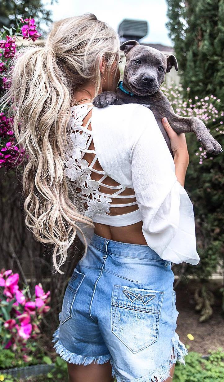 cute outfit idea: white blouse + denim shorts