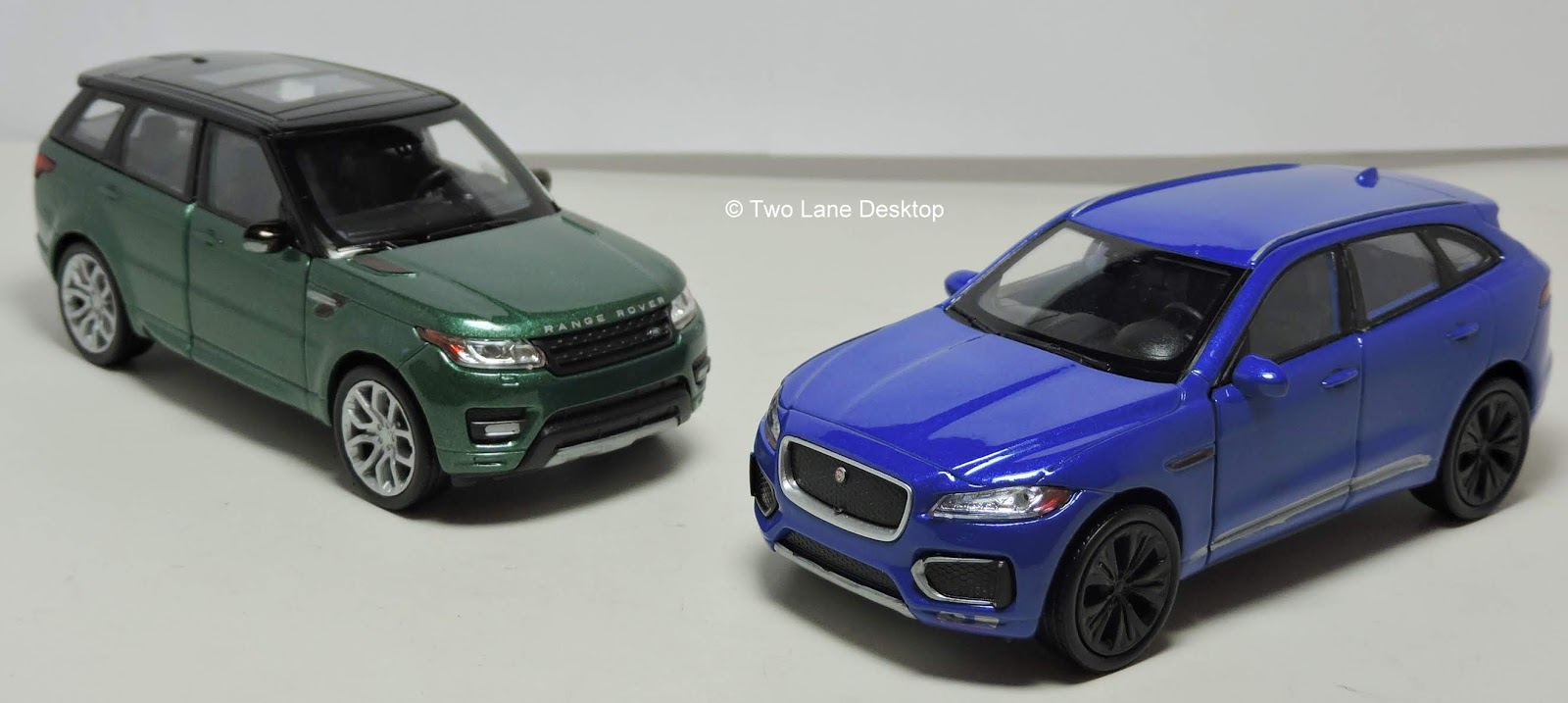 Welly 1:43 Jaguar F-pace and 2015 Land Rover Range Rover Sport