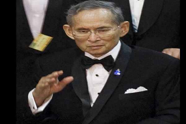 Thai-king-Bhumibol-Adulyadej-dies-at-age-88