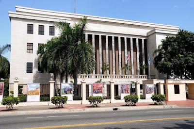 Ministerio de Educación afirma deuda a maestros será pagada en enero